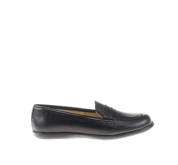 Mocasines para niñas Fabricado en Piel. Zapatos Colegiales cómodos y con Detalle de Antifaz - Mi Pequeña Modelo MP466 Color Negro.