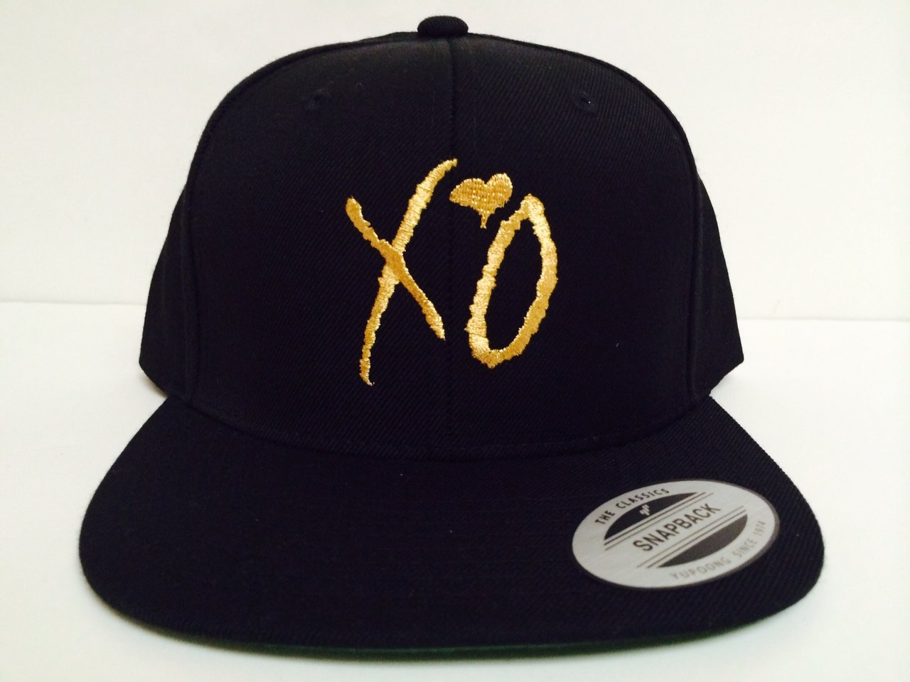 03ba18e004a ... Amazon.com XO The Weeknd Gold Snapback Hat Sports Outdoor sale retailer  6a32c 9a38d  eBay ... Vans Off The Wall ...