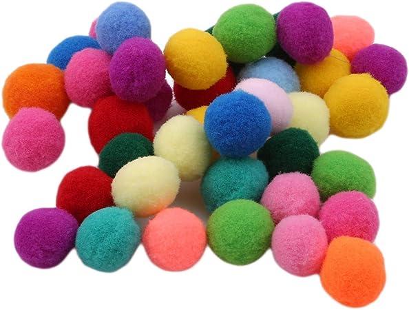 Tricot Pompon Chapeaux X 10 différentes couleurs maison de poupées miniatures Crafts F4069