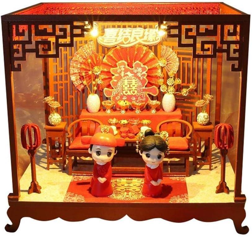 Madera miniatura con muebles, bricolaje miniaturas Dollhouse Kit, Casa de muñecas en miniatura Pantalla muebles con muebles de la lámpara del hogar for la noche de boda en miniatura Asamblea Casa