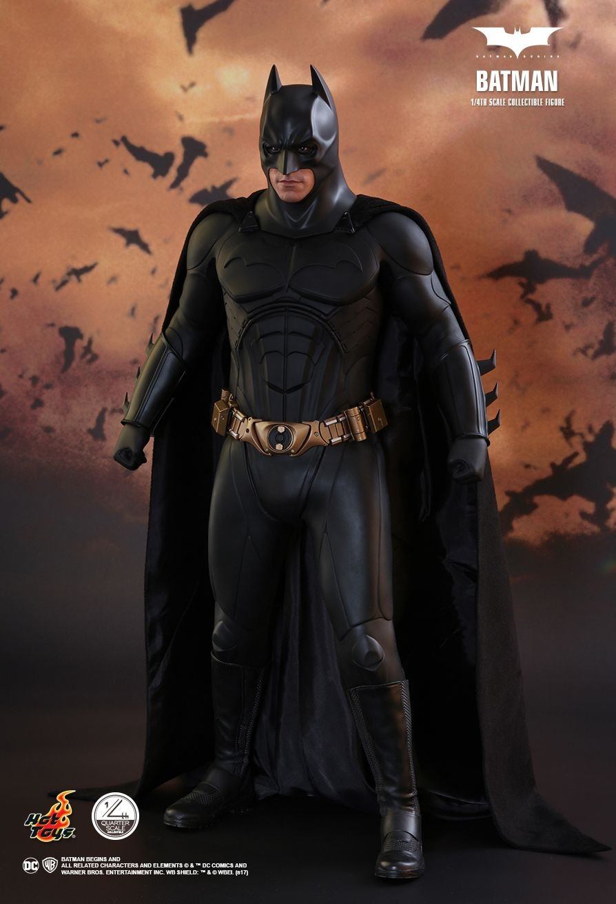 Hot Toys HT903127 1:4 Christian Bale as Batman, The Dark Knight, Multi