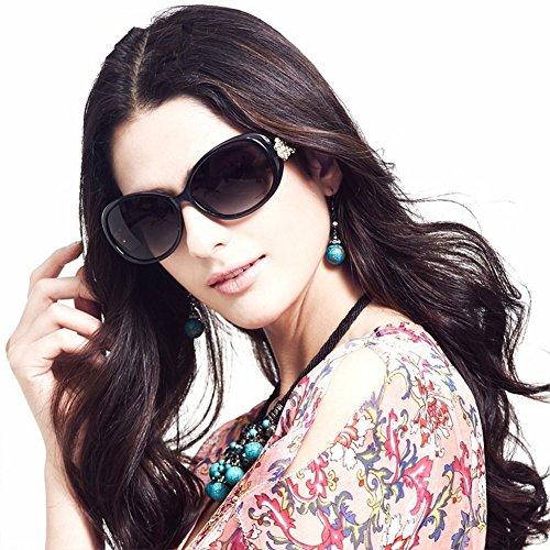 VIVIENFANG Retro Vintage Women's Rhinestone Flower Polarized Sunglasses P1229A - With Sunglasses Rhinestones On Lenses