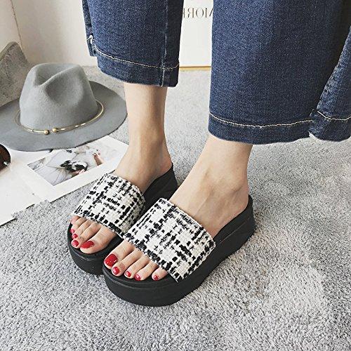 Y Tacón Campo De Gruesas Banda Zapatos Verano De Desgaste Sandalias De Blanco Exterior Alto GAOLIM Mujer De Bizcocho qIO6w04