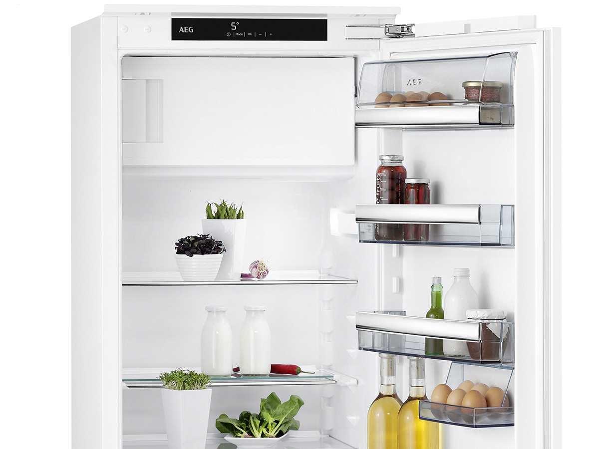 Aeg Kühlschrank Festtür Montage : Amazon aeg sfe ac integriert l a weiß kombi