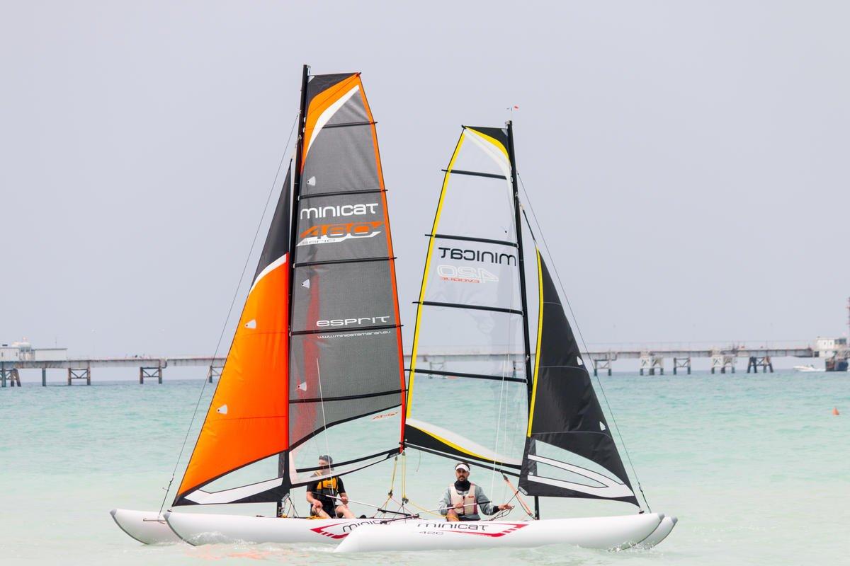 minicatamaran 460 Esprit luz peso hinchable vela catamarán ...