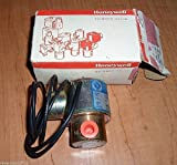 HONEYWELL C2LB1092 SKINNER VALVE 240/60 VOLTS (NEW IN BOX)