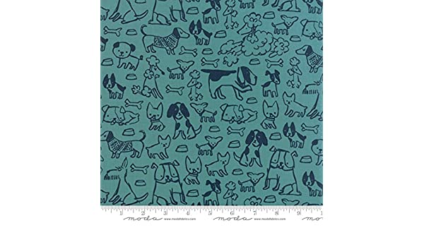 Woof Woof Meow Quilt Fabric Barky Bark Turquoise Style 20563//16