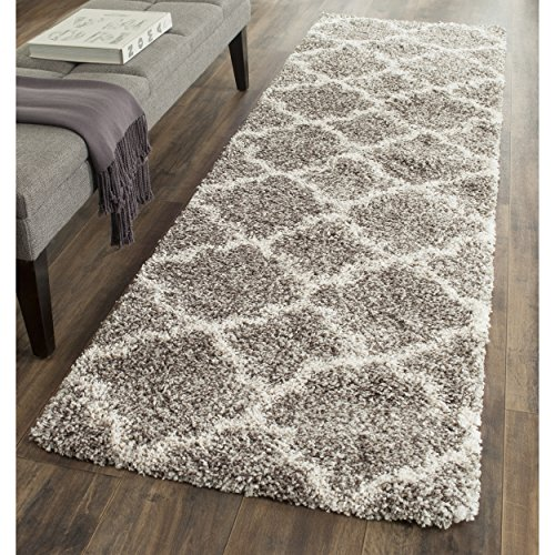 Safavieh Hudson Shag Collection SGH282B Grey and Ivory Moroccan Geometric Quatrefoil Runner (2'3