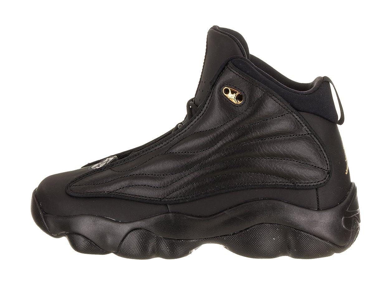 new concept 77bed a6bb6 Amazon.com   Nike Boys  Jordan Pro Strong Basketball Shoes Black Metallic  Gold 5.5Y   Shoes