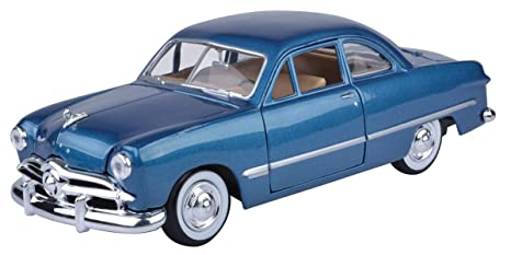 Motormax 1:24 1949 Ford Coupe (American Classic Diecast Collection) (Bayside Blue) Toy Cars & Trucks at amazon
