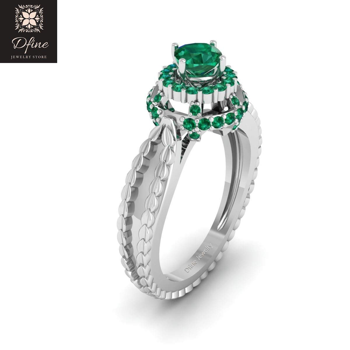 Amazon Com Classic Leaf Vine Halo Green Tsavorite Engagement Ring