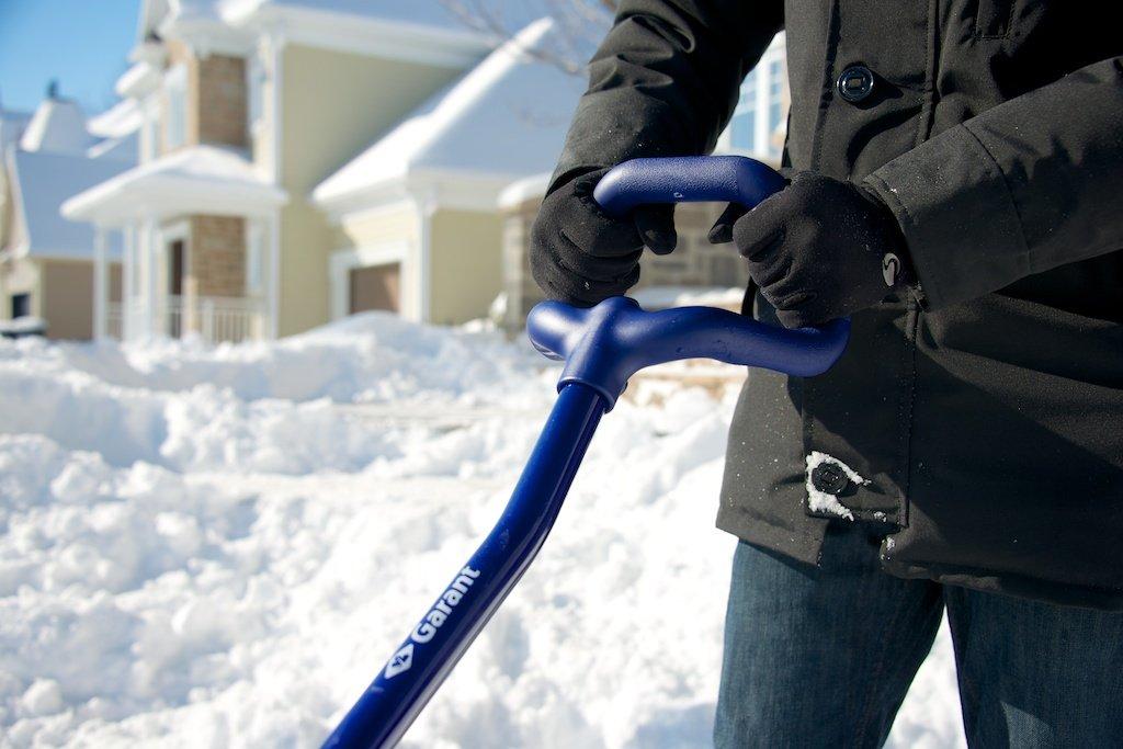 Garant 18'' Mountain Snow Shove