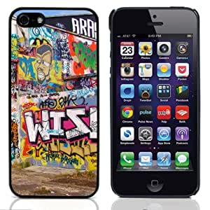 Graffiti Art And Style Hard Plastic and Aluminum Back Case For Apple iphone 5 With 3 Pieces Screen Protectors