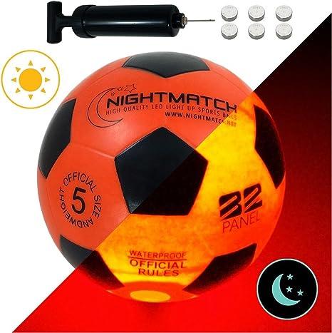 NIGHTMATCH Balón de Fútbol Ilumina Incl. Bomba de balón - LED Interior se Enciende Cuando se patea – Brilla en la Oscuridad - Tamaño 5 - Tamaño y Peso Oficial Naranja/Negro: Amazon.es: