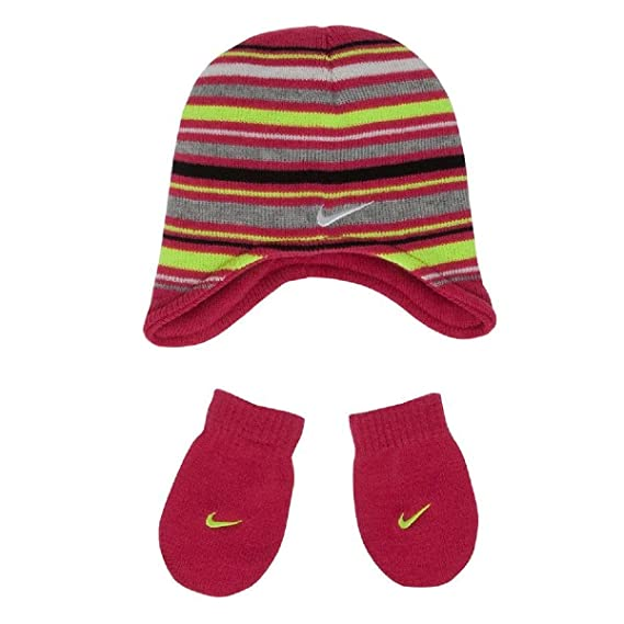 03848c74aa576 Nike Baby Girls  Knit Cap and Mittens Set (12-24 Months)  Amazon.in ...