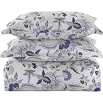 Amazon Com 100 Cotton Blue And White Floral Pattern
