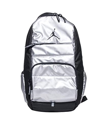 f0dcf530c1e9 Amazon.com   Jordan Jumpman Boys All World Backpack Metallic Silver ...