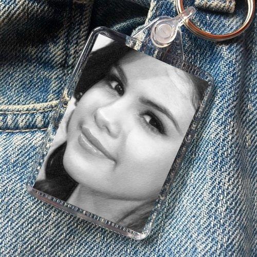 Selena Gomez - Original Art Keyring #js002