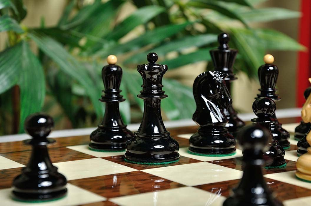 """3.75/"""" King Black and Natural Lacquered The Dubrovnik Chess Set Pieces Only"""