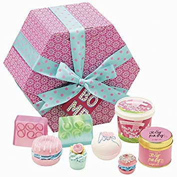 Bomb cosmetics the bomb gift pack supersize handmade gift pack bomb cosmetics the bomb gift pack supersize handmade gift pack negle Images