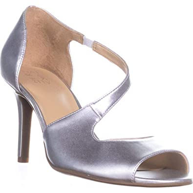 c0961df6e05f Naturalizer Women s Belle Light Silver Metallic 7.5 M US M ...