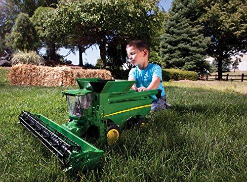 TOMY Ertl Big Farm 1:16 John Deere S670 Combine