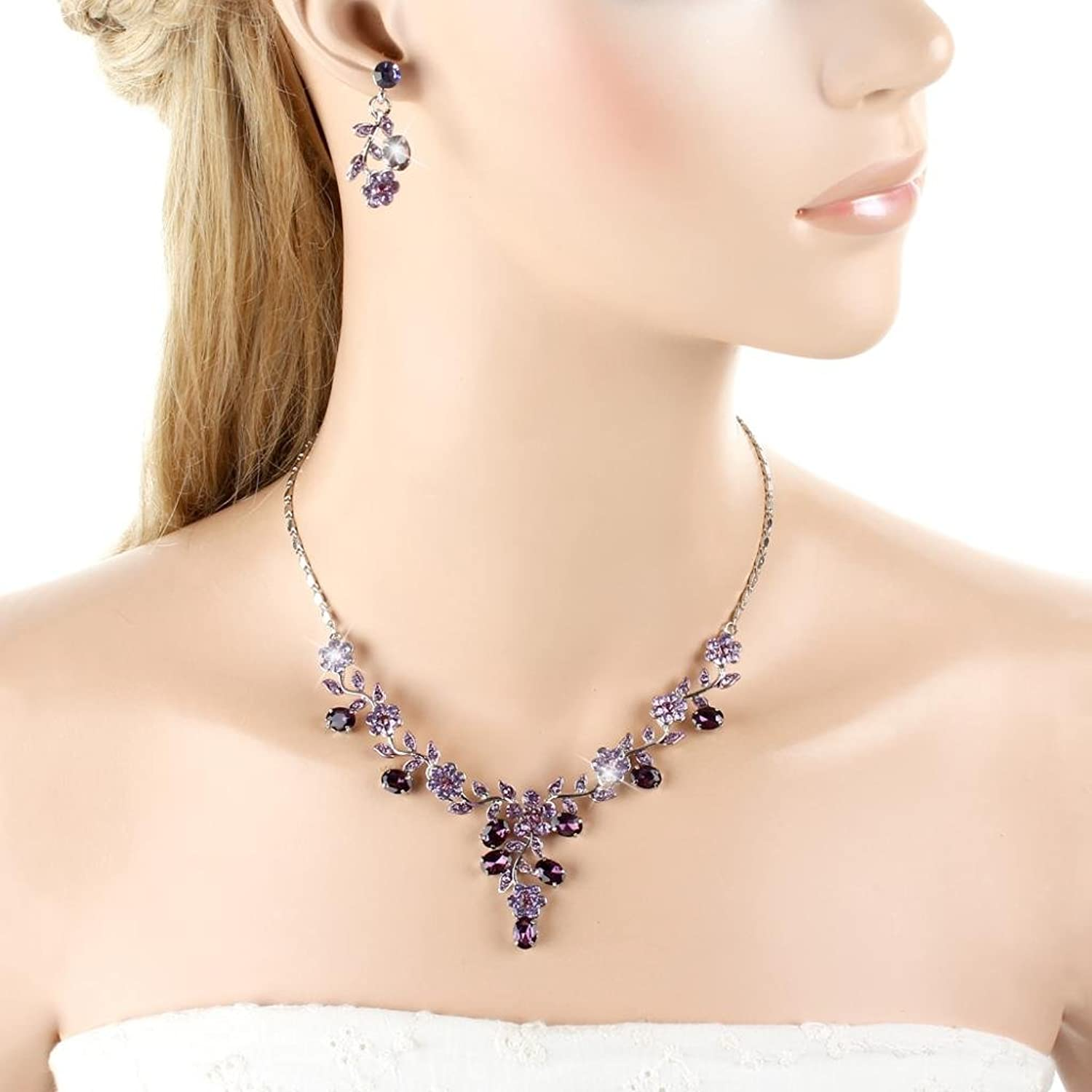 Vintage Style Jewelry, Retro Jewelry EVER FAITH Flower Leaf Necklace Earrings Set Austrian Crystal $20.99 AT vintagedancer.com