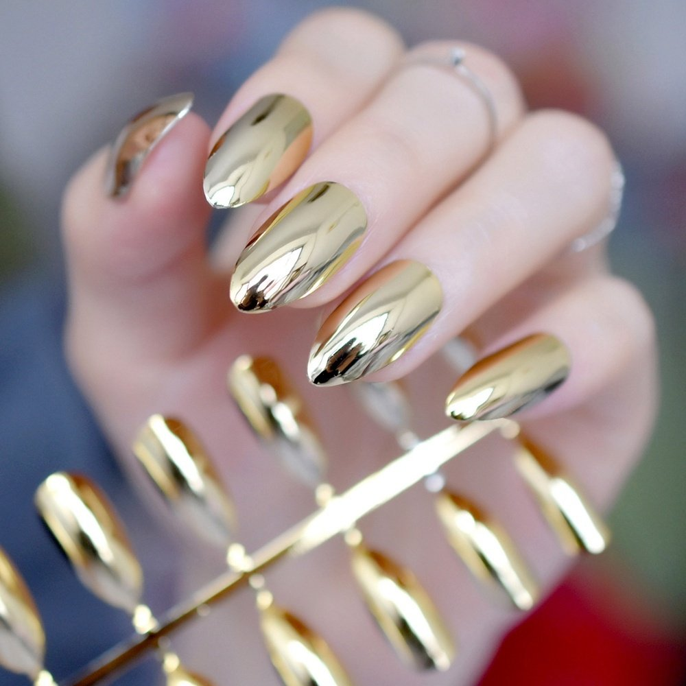 14f187dacfed8 Light Gold Stiletto-Nägel Metall Spiegel Design Kit M Full Cover False Nail  Tipps Frauen Tägliche tragen Maniküre Produkt 10  Amazon.de  Beauty