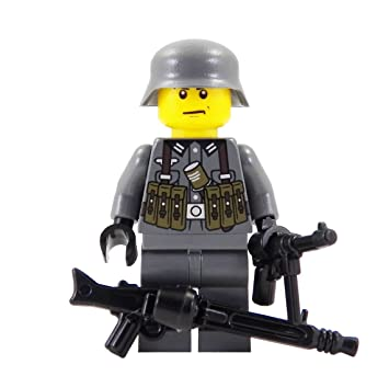 German Soldier with MP40 (WWII) - Custom LEGO Minifigure: Amazon.co ...