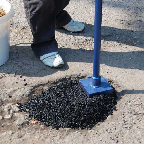 drive-fill-instant-pothole-repair-system-for-tarmac-and-asphalt-drives-by-floorpaint-express