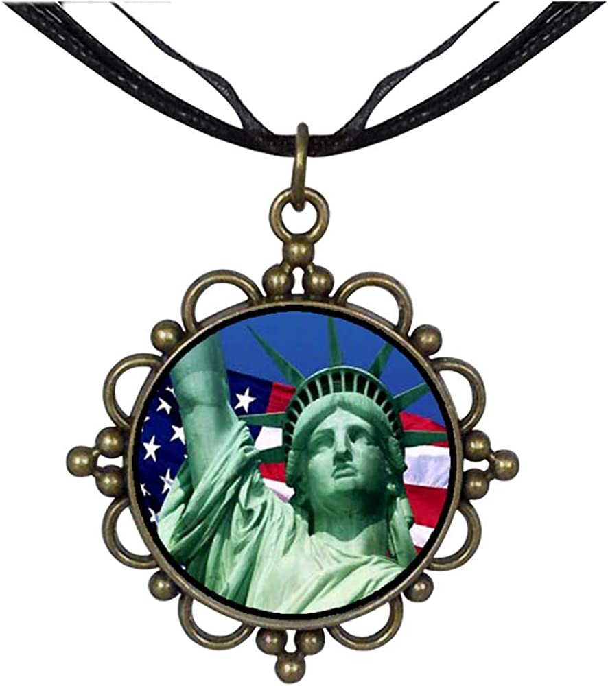 Statue of Liberty Round Flower Pendant Charm Necklaces ...