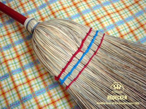 [REDECKERレデッカ?] 빨간 무늬가 귀여운 비 / [REDECKERRedecker] A broom with a cute red pattern