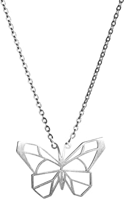 collier en argent avec papillon