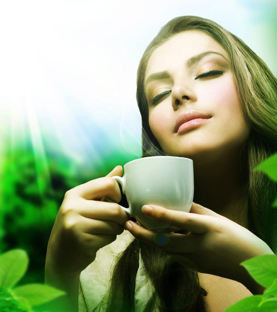 Drink Matcha Organic Green Tea Powder Set Bundle with Ceramic Tea Bowl, Handheld Electric Whisk and Bamboo Spoon, 16 oz.