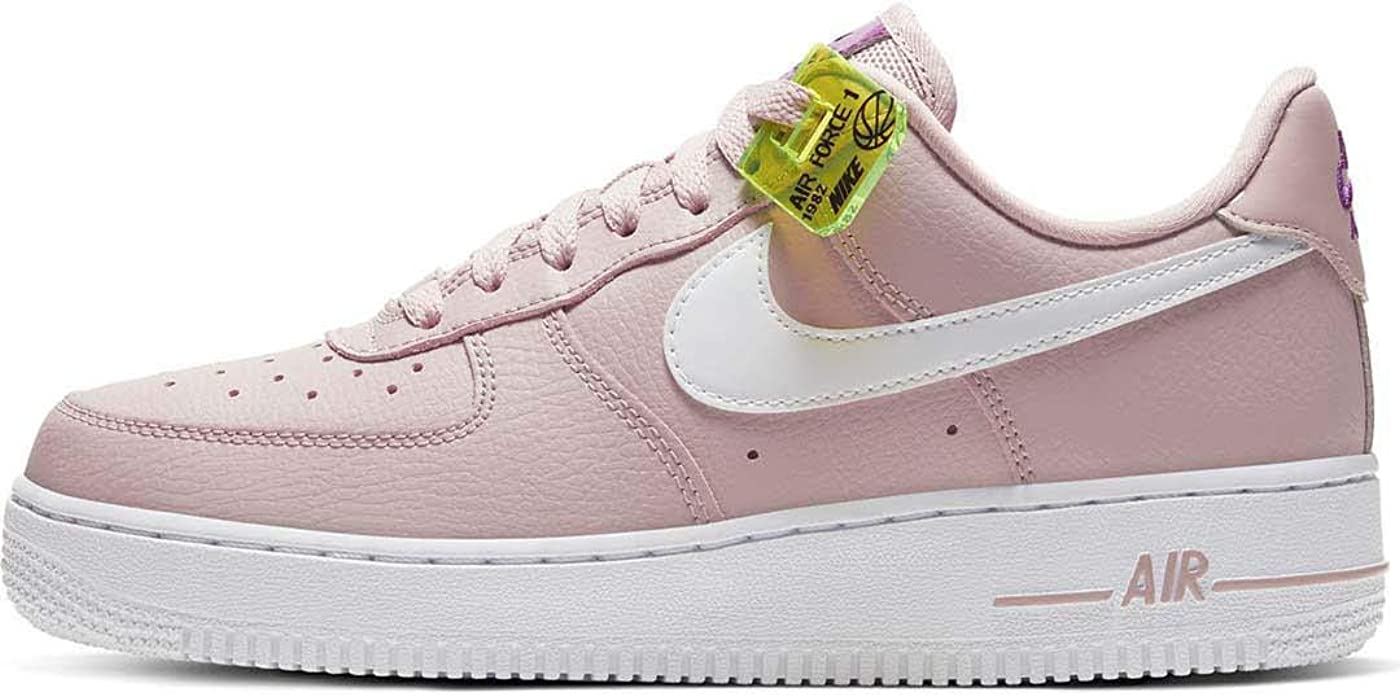 Nike Damen WMNS Air Force 1 '07 Se Basketballschuh Stone Mauve White Vivid Purple Lemon Venom