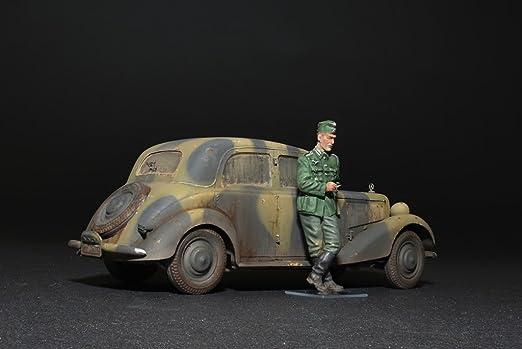 Amazon.com: Miniart 1: 35 – Personenwagen T YP 170 V Saloon ...