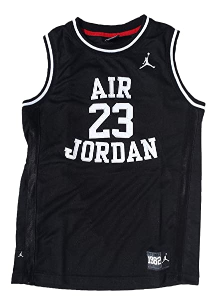 097d18483bb0f4 Image Unavailable. Image not available for. Color  Nike Air Jordan Boys  Classic Jersey Shirt Black Medium 10