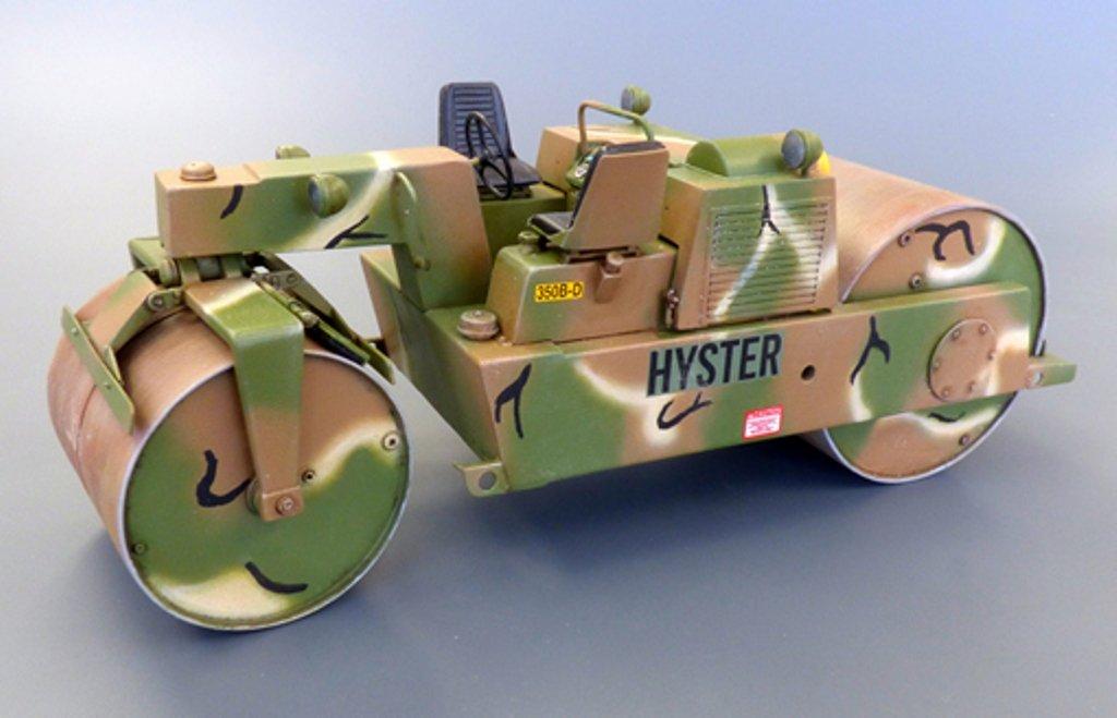 Plus model 467 U.S.Road roller in 1:35