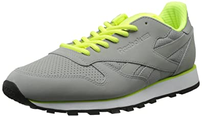 1faef9beabeba7 Reebok Men s cl Leather tech-m