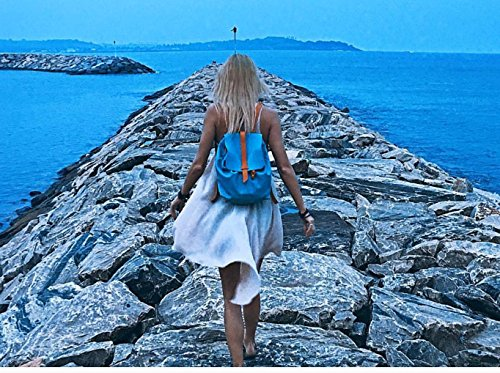 Sandori Damen Rucksack, Ledertasche aus echtem und weichem Rindsleder Farbe Kornblume