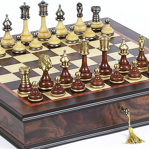 Bello Games Collezioni - Bello Italiano Chessmen & Milano Chess Board/Cabinet From Italy
