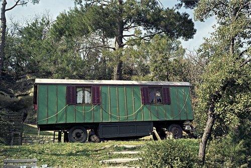 Les Roulottes : Une invitation au voyage ART DE VIVRE: Amazon.es ...