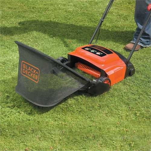 BLACK+DECKER GD300 - Aérateur Démousseur - 600 W 30 cm - Orange