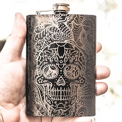 8oz BLACK Sugar Skull Pattern Flask L1 ()