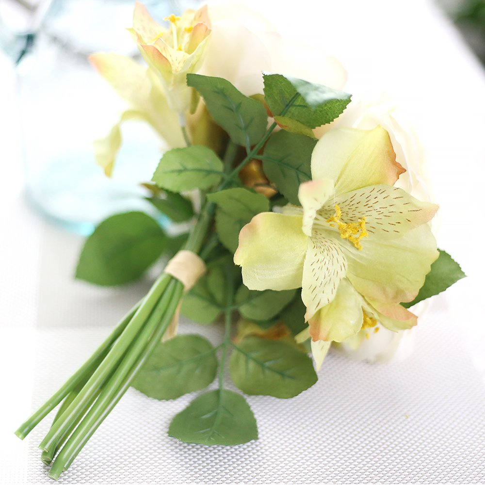 Estyle Fashion Artificial Real Looking Silk Rose Flower Bouquet for Valentines Day Home Wedding Decor Champagne