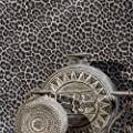 76 sq.ft Made in Italy Portofino textured platinum wallcoverings rolls modern embossed Vinyl Wallpaper silver black gray metallic leopard cheetah jaguar animal print faux skin wall coverings washable