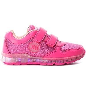 3ad208e9 XTI 55356 Zapatillas con Luces NIÑA Deportivos: Amazon.es: Zapatos y ...