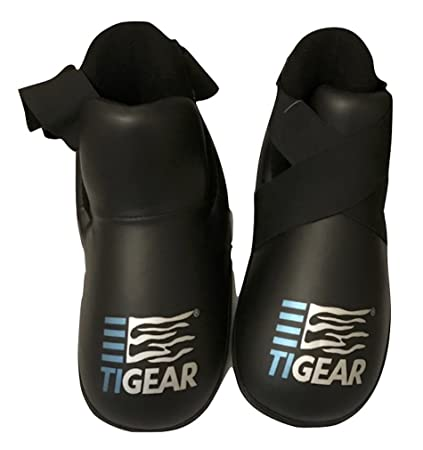 Amazon.com   TIGEAR SPARRING BOOTS PRO BLACK (LARGE)   Sports   Outdoors ab6088747a1ba