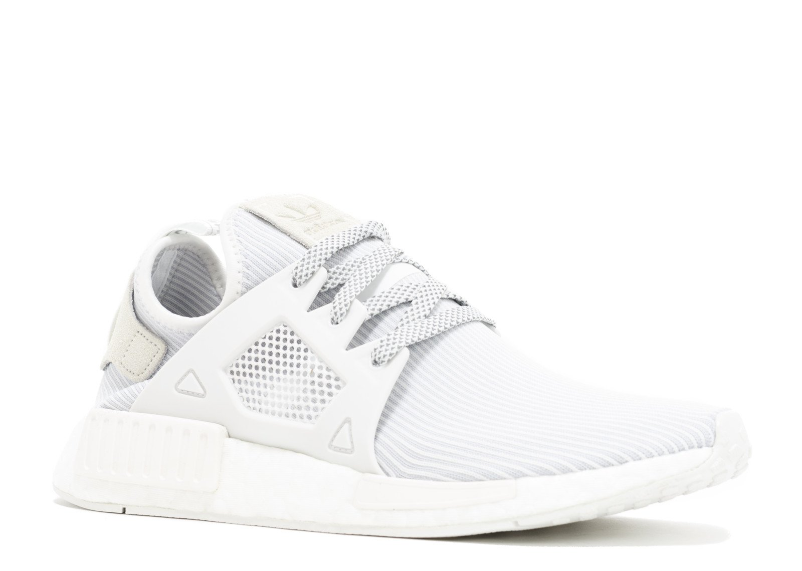 f81b47a1d0a1 Amazon.com  adidas NMD XR1 PK W  Triple White  - BB3684 - Size 7.5 ...