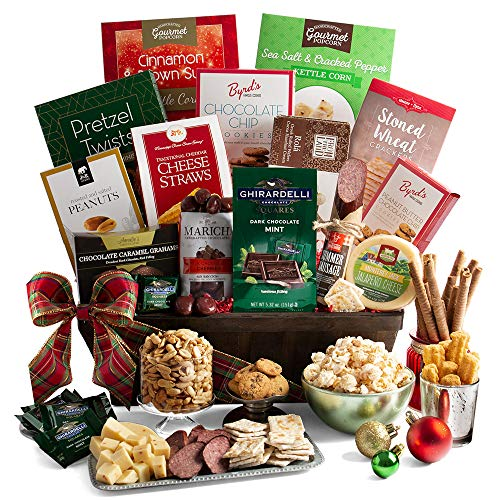 2019 Christmas Gift Basket of Gourmet Holiday Foods – Holiday Gift Basket of Chocolates, Cookies, Popcorn, and Snacks